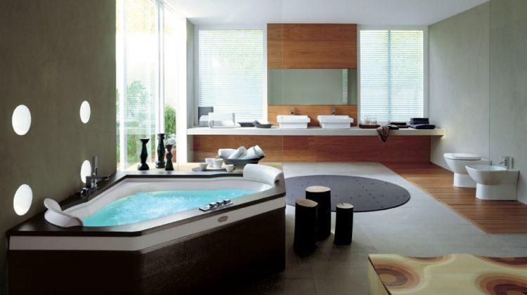 Interior Design — 10 Things Every Luxury Bathroom Needs